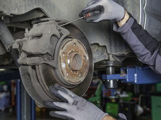 Reparăm frânele la mașini, service auto