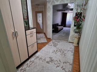 Apartament modern,amplasat într-o zonă liniștită!
