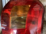 Toyota Corolla 2004 задний стоп-сигнал. Комплект.Новые.