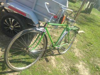 se vinde bicicleta
