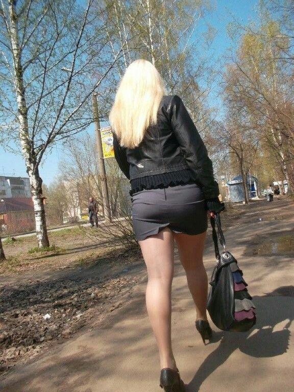 развод зрелых женщин на улице