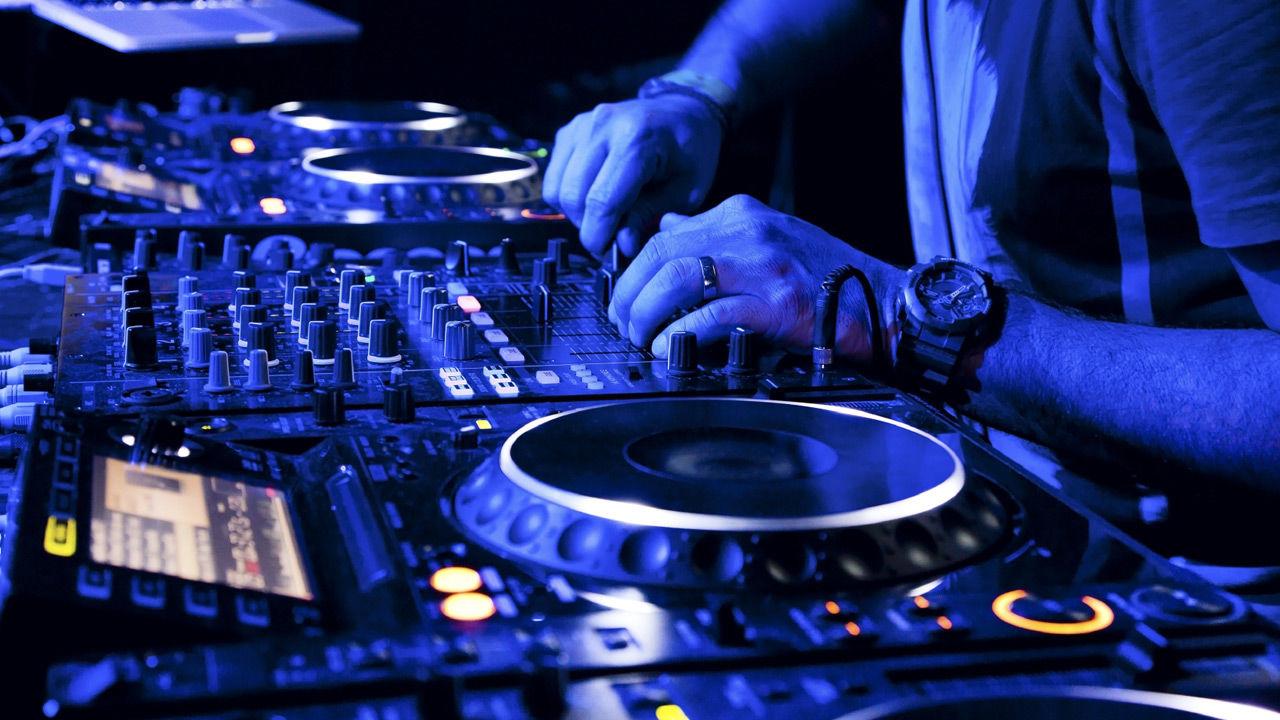 nightclub allover printed dj - 1280×720