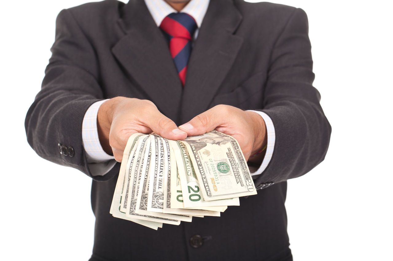 К чему во сне получить деньги в подарок