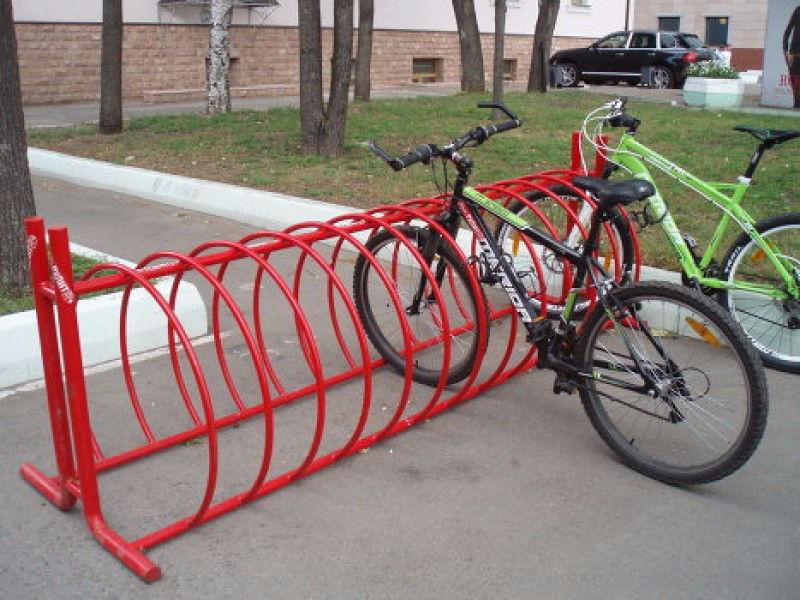 Törvénnyel ösztönöznék a köztéri bicikliparkolást