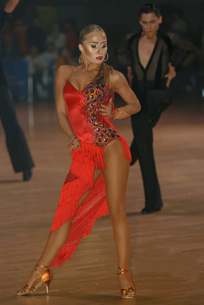 фото танцовщиц бальных танцев человечества