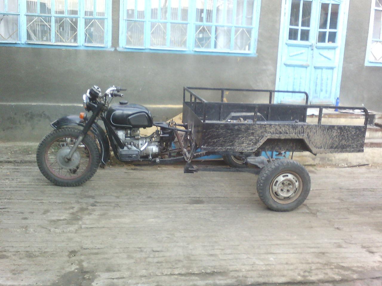 Трицикл мт