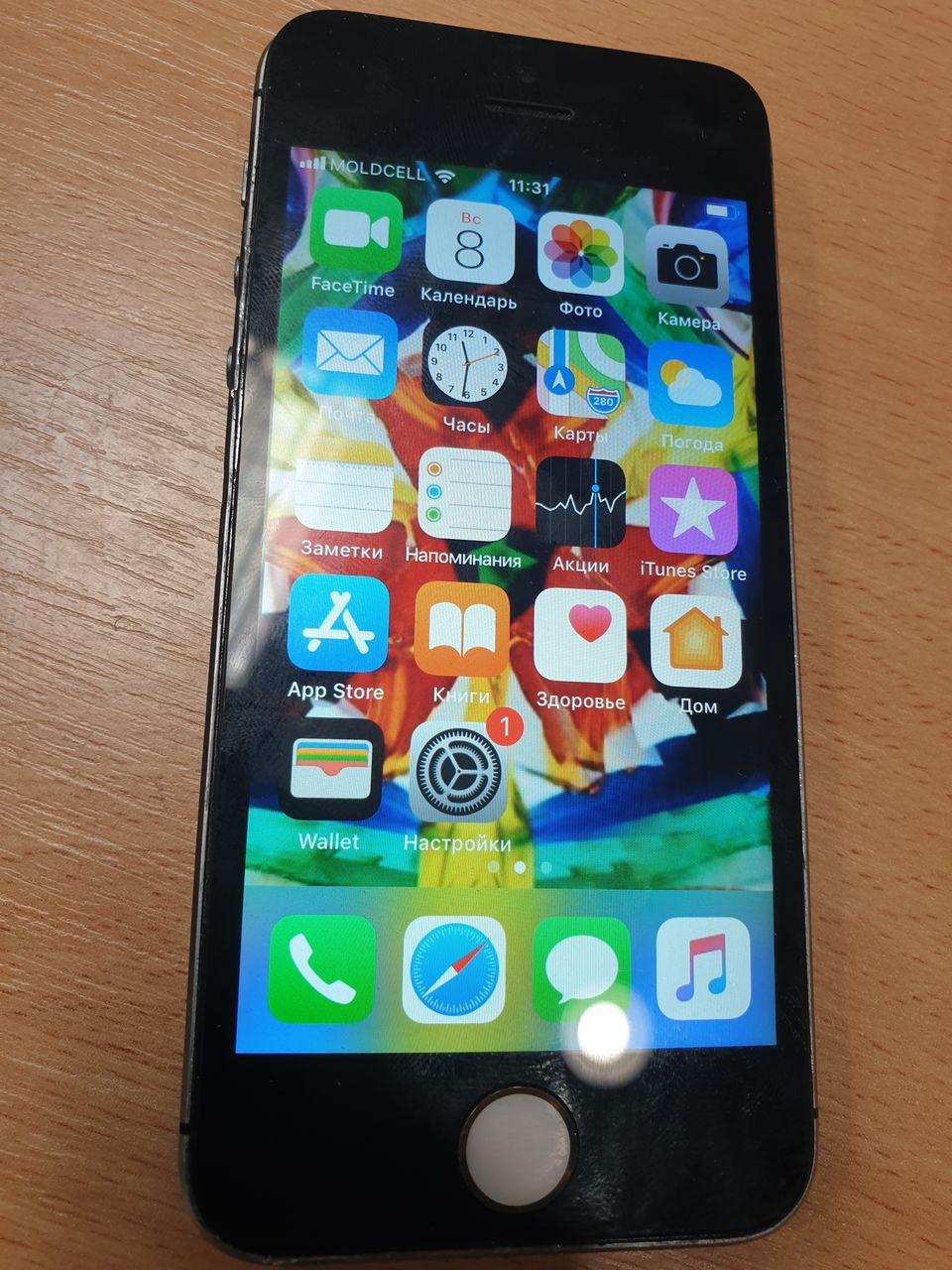 iphone 5S 16 gb/.900 lei