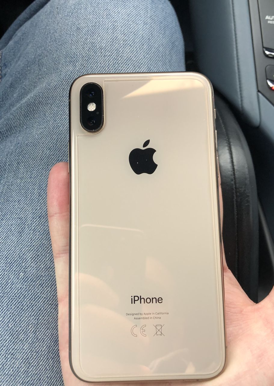 Iphone Xs – 64 Gold