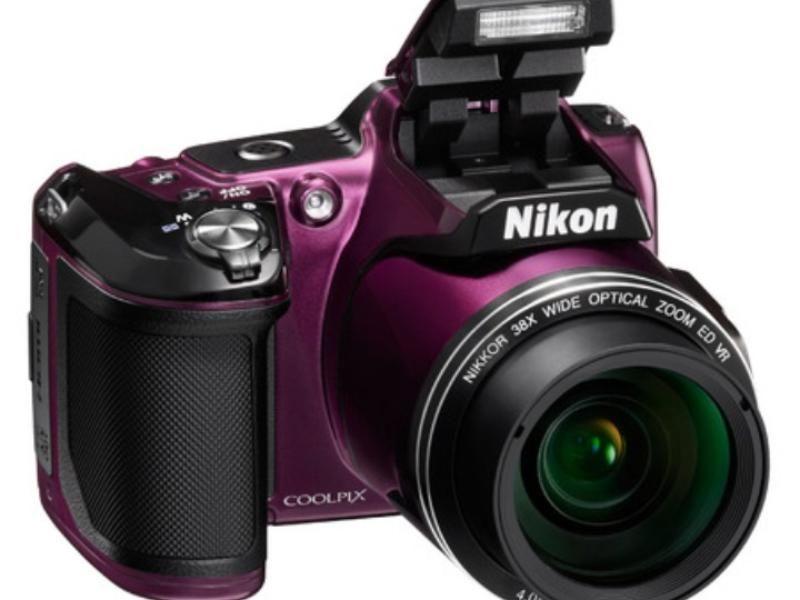 Какие фотокамеры лучше лейка или никон