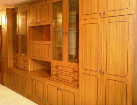 Stenca 39 39 albina 39 39 4000 lei dula 1600 lei frigider for Divan 999 md
