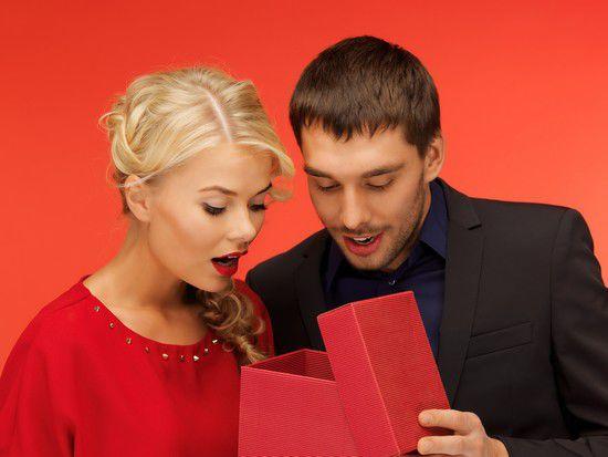 Что и почему нельзя дарить — подарки и приметы.