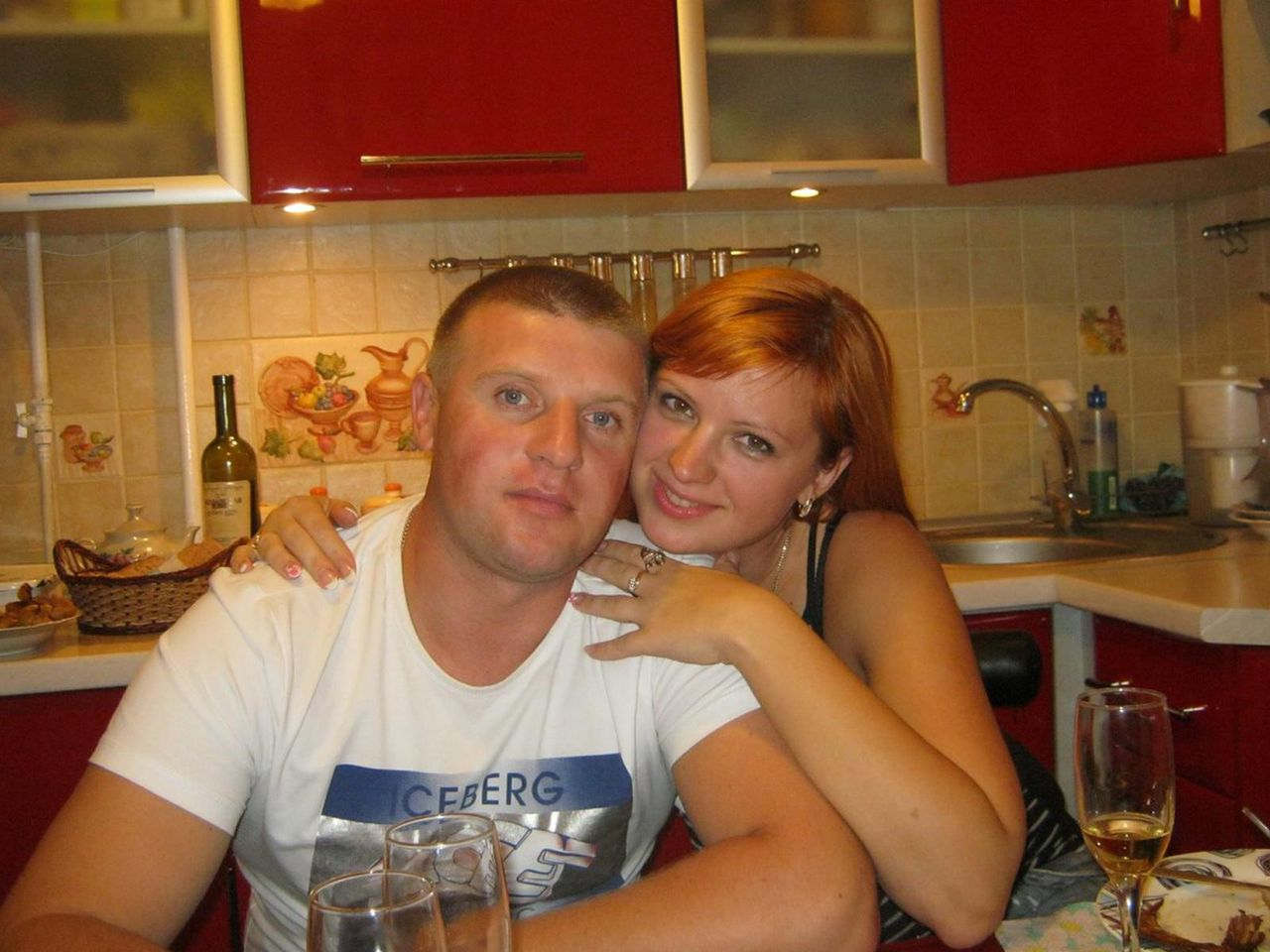 Семейная пара ищет любовника, Пары ищут мужчин в Краснодаре: объявления свинг 6 фотография