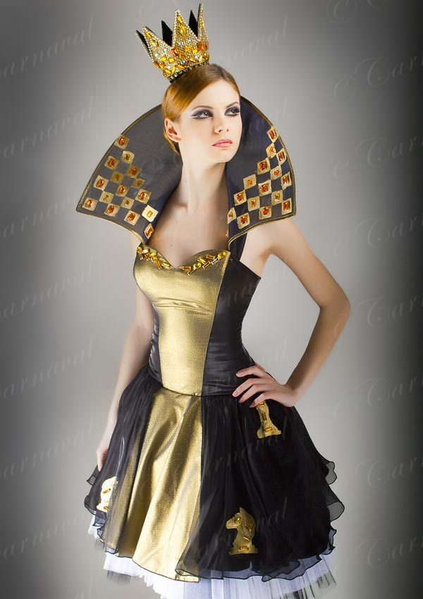 Как сделать Карнавальный костюм королевы своими руками