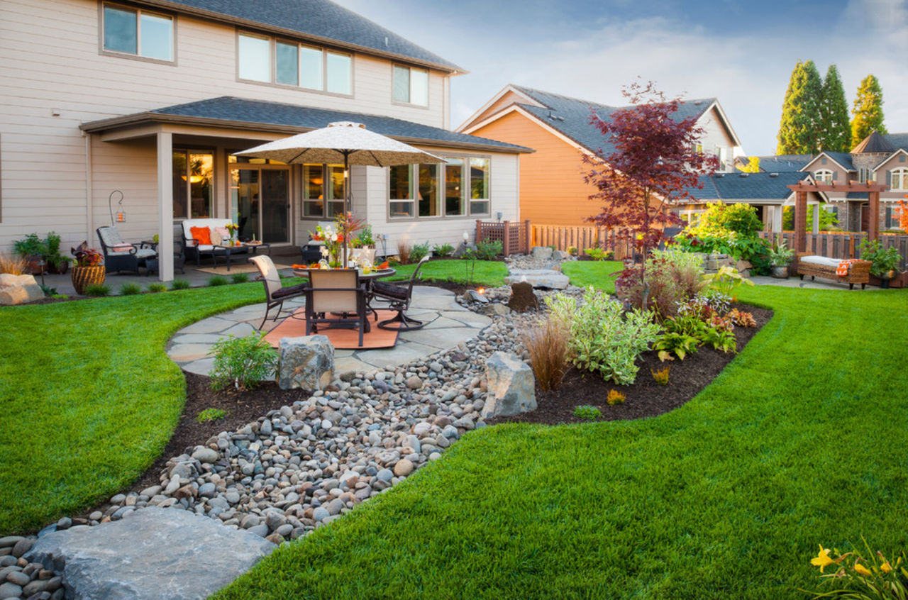 Ландшафтный дизайн в частном дворе