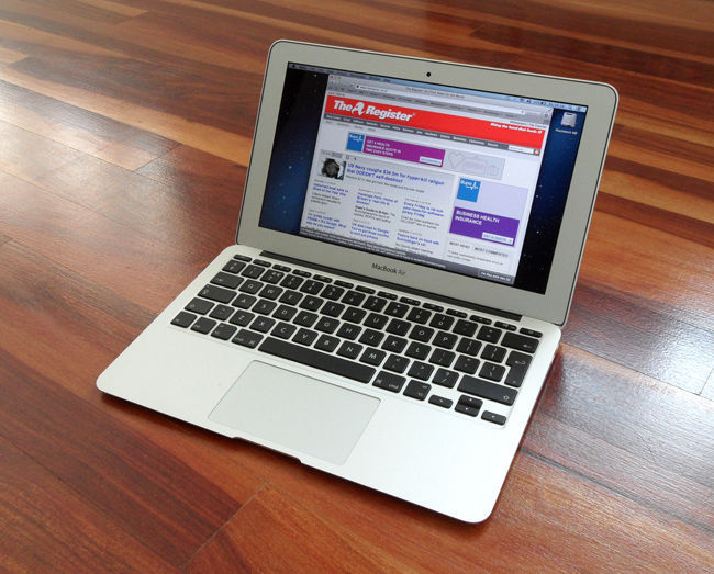 Ноутбук apple macbook air 11 (md711ru/a)