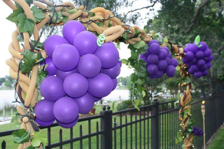 Как сделать виноград из шаров