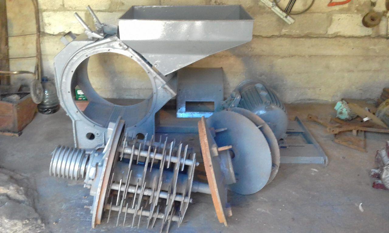 Конструкция современных промышленных теплиц фото