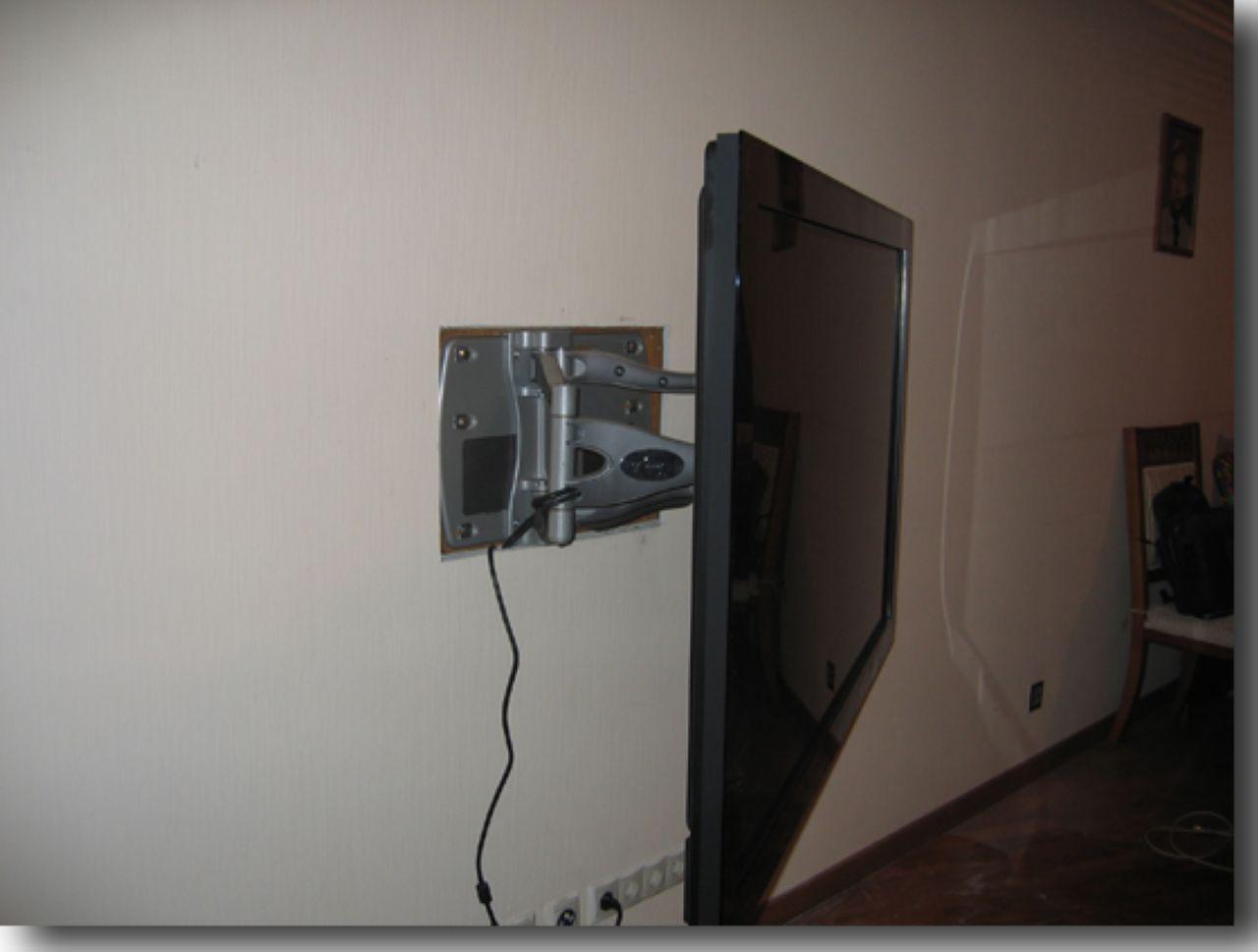 Крепление для жк телевизора на стену своими руками