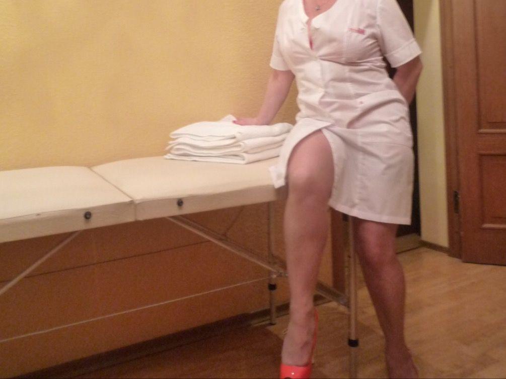 video-minet-golaya-madam-zrelaya-u-massazhista-seks-shikarnoy