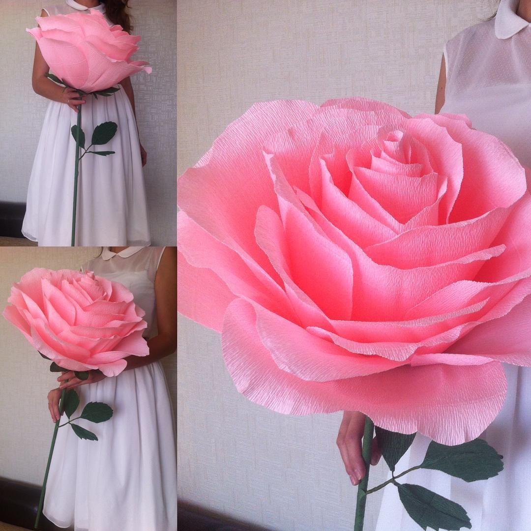 Огромные цветы из гофрированной бумаги на ножке своими руками 46