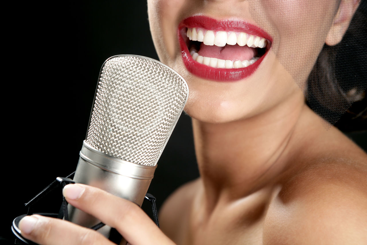 Singing games online without microphone