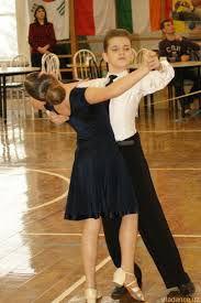 прически мальчикам для бальных танцев фото