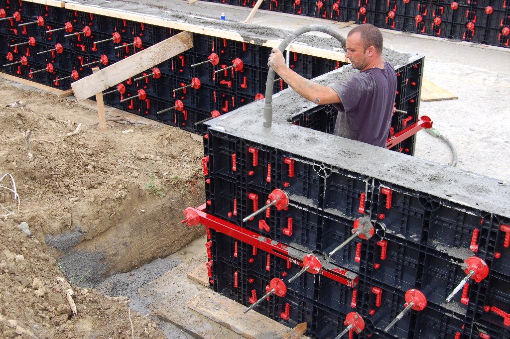 заливка колонн бетоном цена