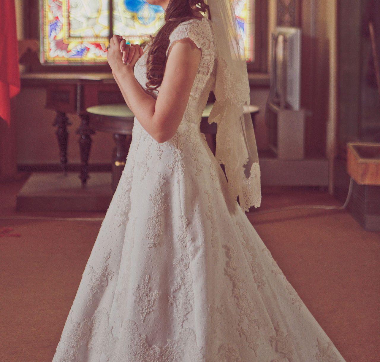 свадебное платье 220 долларов украшения для волос в подарок