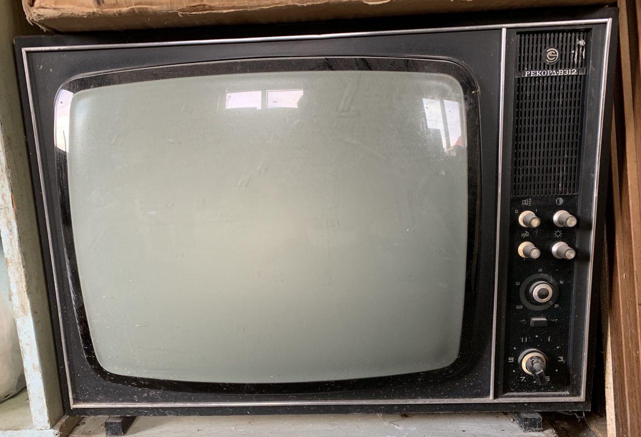 Фото неисправных матриц жк телевизоров призналась рэперу