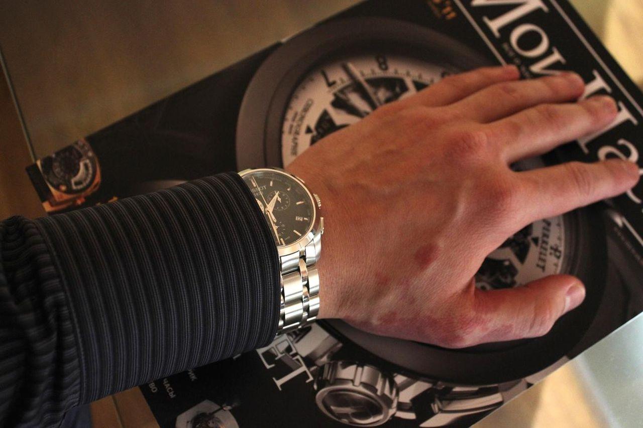 Tissot couturier t0356171605100 на руке