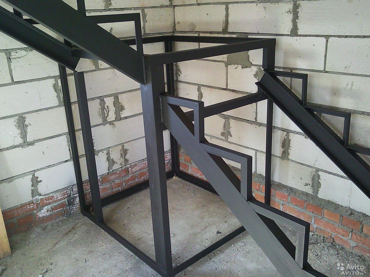 Металлическая лестница на второй этаж своими руками: фото 87
