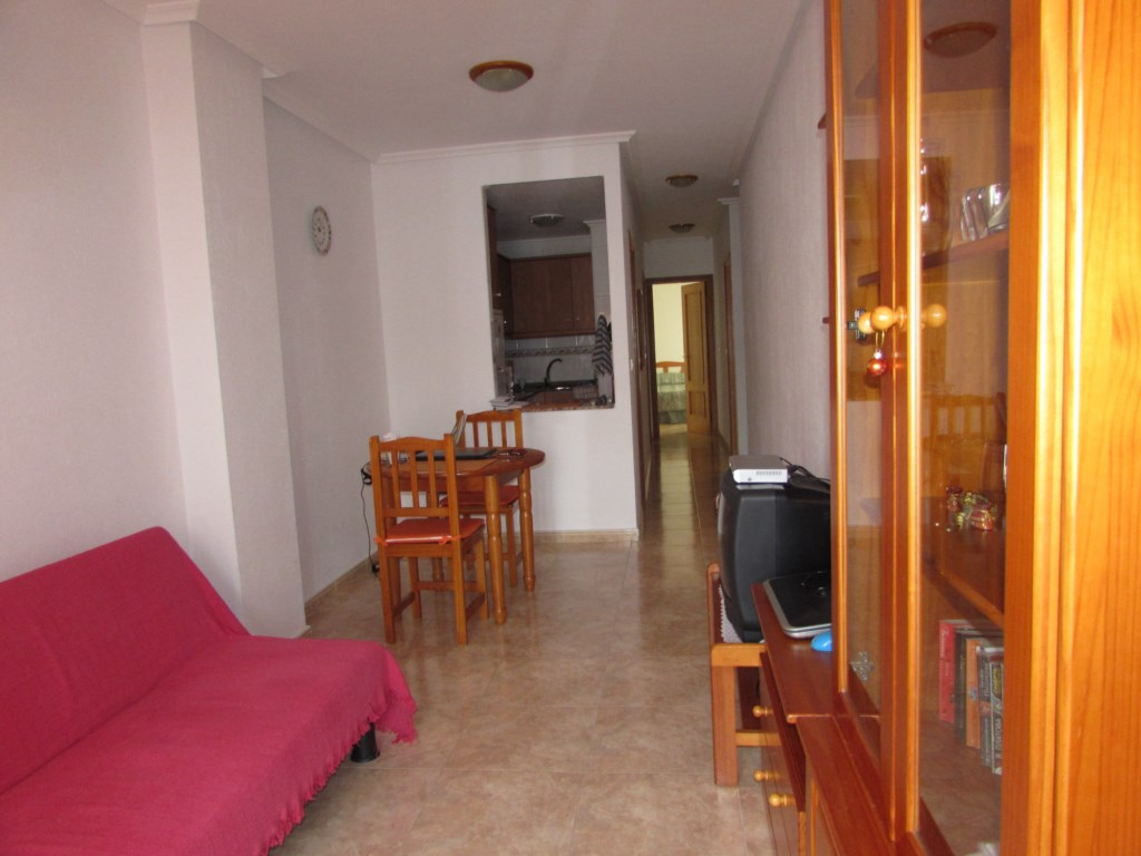 Купить 1 комнатную квартиру в испании недорого