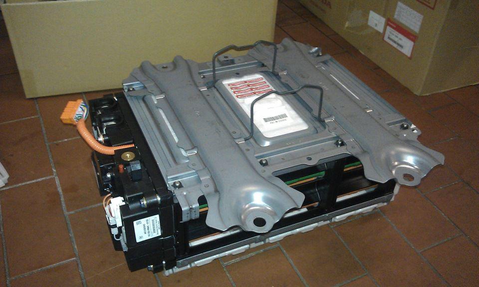 В разделе представлены контрактные (б.у.) аккумуляторы от авторазборок: 15 объявлений с фото и ценой, в наличии и под заказ.