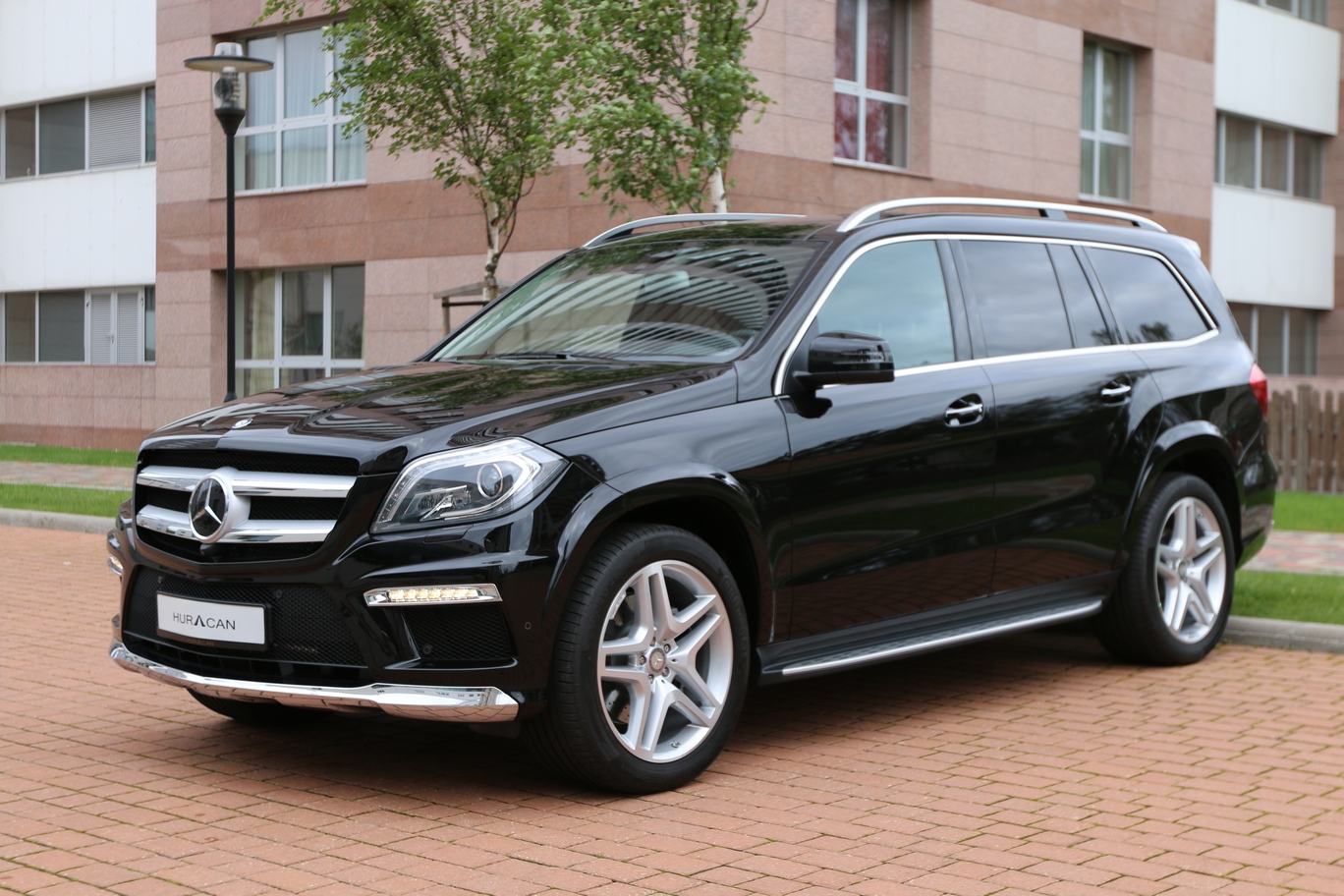 Mercedes benz gl 350 bluetec 4matic for Mercedes benz blue tec