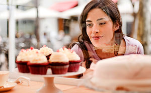 Вы едите много сахара: 5 тревожных признаков