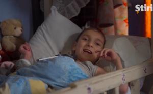 Подарки и новая коляска для мальчика из Унген