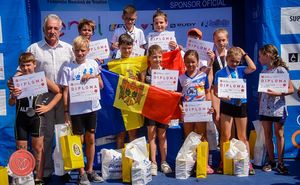 Sportivi din RM au participat la competiția de triatlon din România