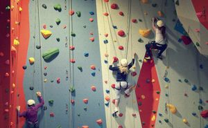 "Kids Bouldering Competition at ""Hai Haiduci! by Salomon"""