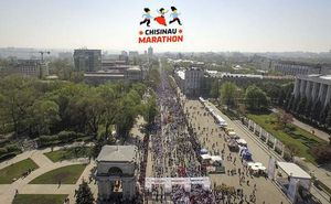Primul Maraton din Chişinău: 10 000 de oameni au intrat în istorie! (Foto + Rezultate)
