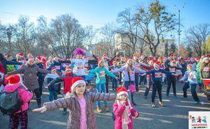 Зажигательные песни и танцы ждут вас перед стартом Карнавального забега