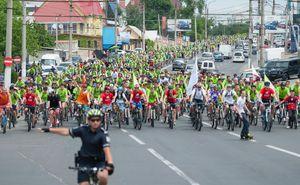 Reguli de circulație în siguranță în coloana de bicicliști