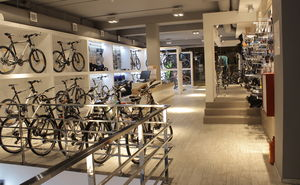 Bicycle dealership BIKESHOP – partner of Chisinau Criterium 2015