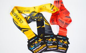 Official finisher medal of Triathlon Triumph By Multisport