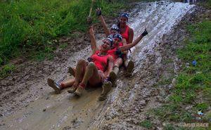 """S-a încheiat cea de-a doua cursă în noroi """"Glodiator Mud Race 2019""""!"""