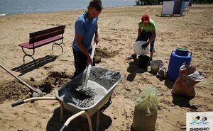 Прошел третий субботник по обустройству пляжа водохранилища Гидигич (Фото)