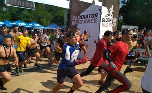 Дан старт первому экстремальному забегу Glodiator Mud Race