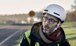 Новая технология для велосипедистов: очень умный шлем из Швеции