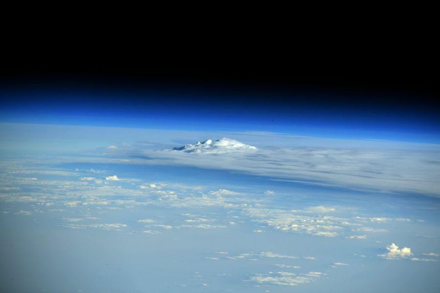 Strălucire misterioasă deasupra Europei, observată de astronauți
