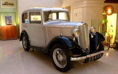 Prima maşină cumpărată de Prinţul Philip, păstrată la un hotel din Sri Lanka