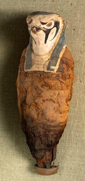 Descoperiri neașteptate în interiorul a două artefacte din Egiptul Antic